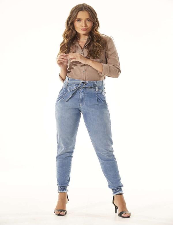 CALÇA JEANS CLOCHARD COM ELASTANO - Jeans
