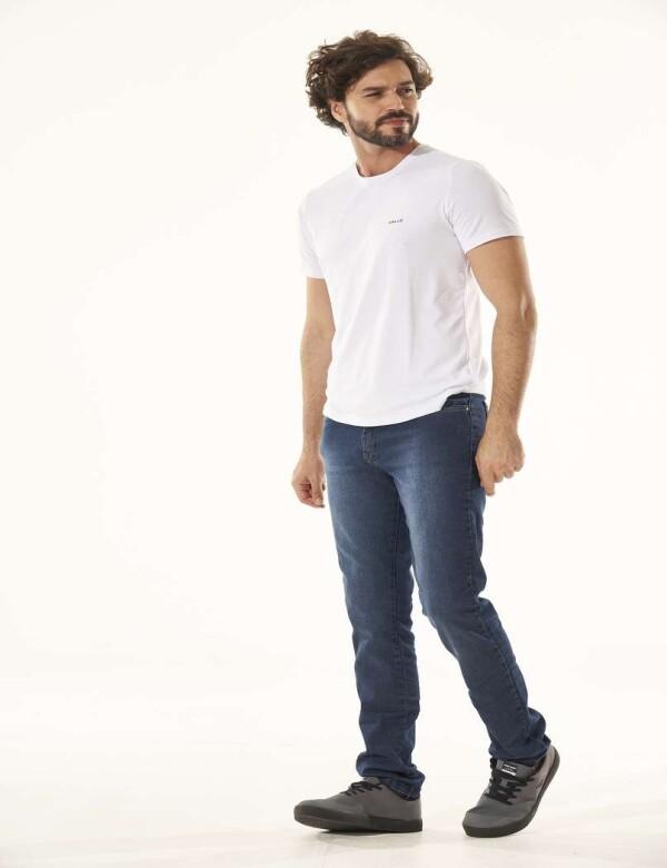 CALÇA JEANS STONE COM ELASTANO - Jeans