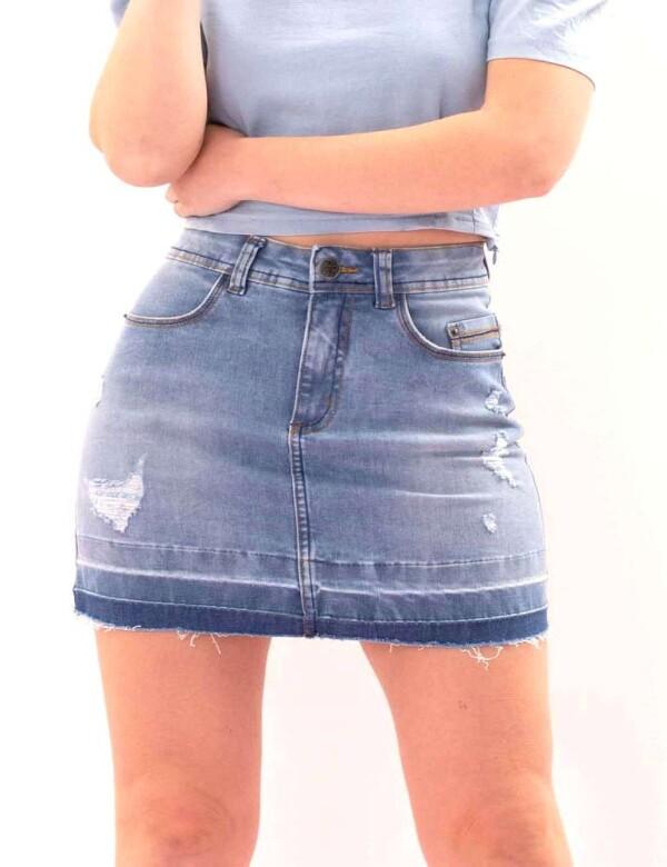 MINI SAIA JEANS FEMININA BARRA TIE DYE DESTROYED - Jeans