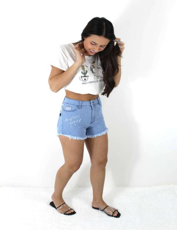 SHORTS BORDADO FRENTE COM ELASTANO - Jeans